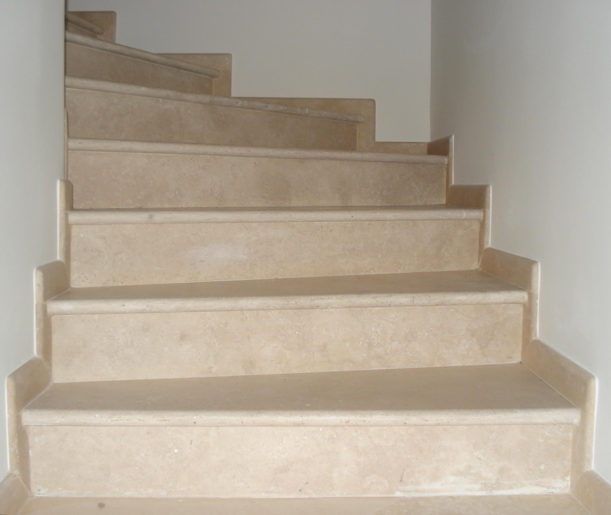 Cross Cut Chiaro Travertine Stairs
