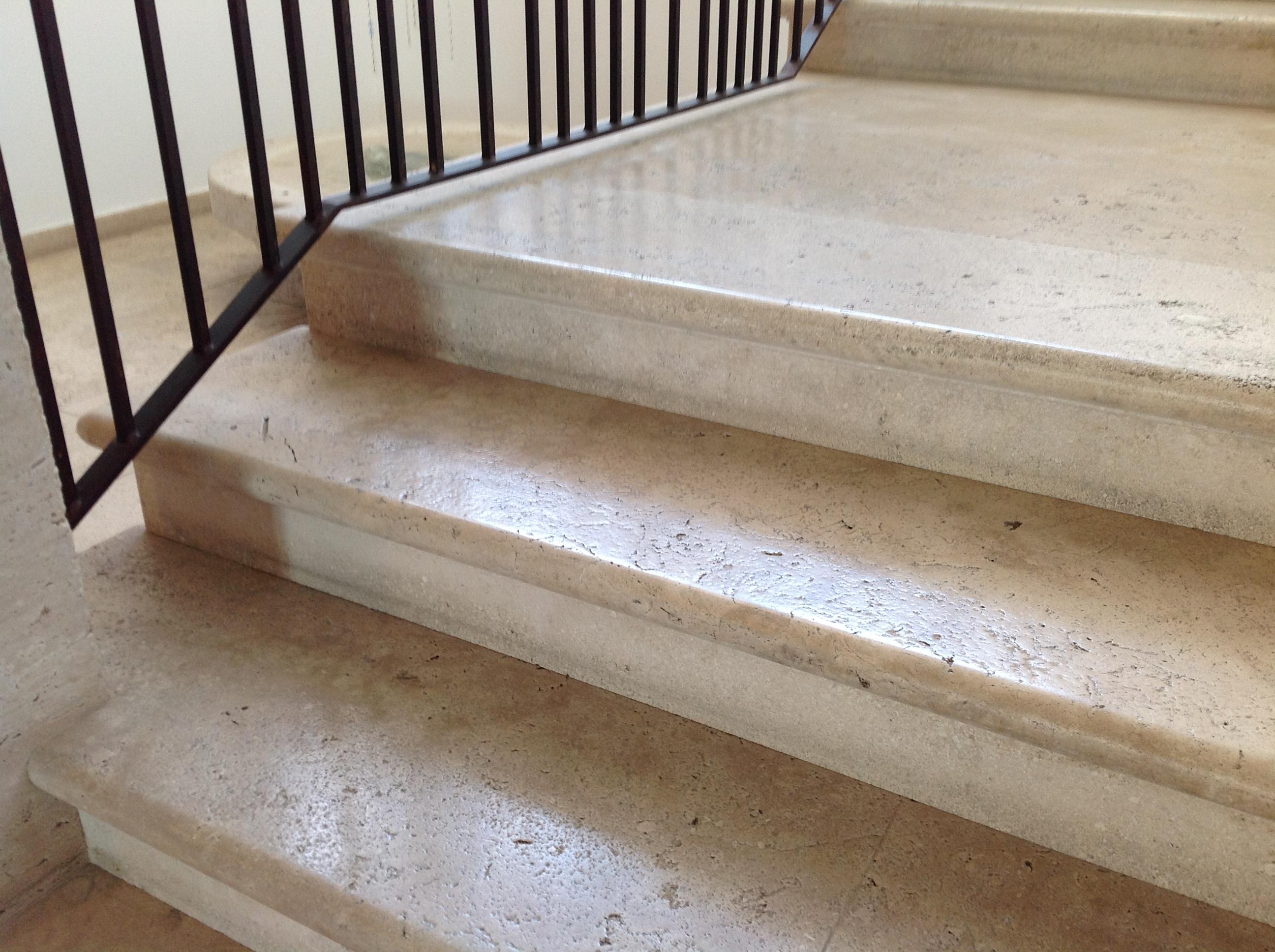 Classico Travertine Brushed Stairs