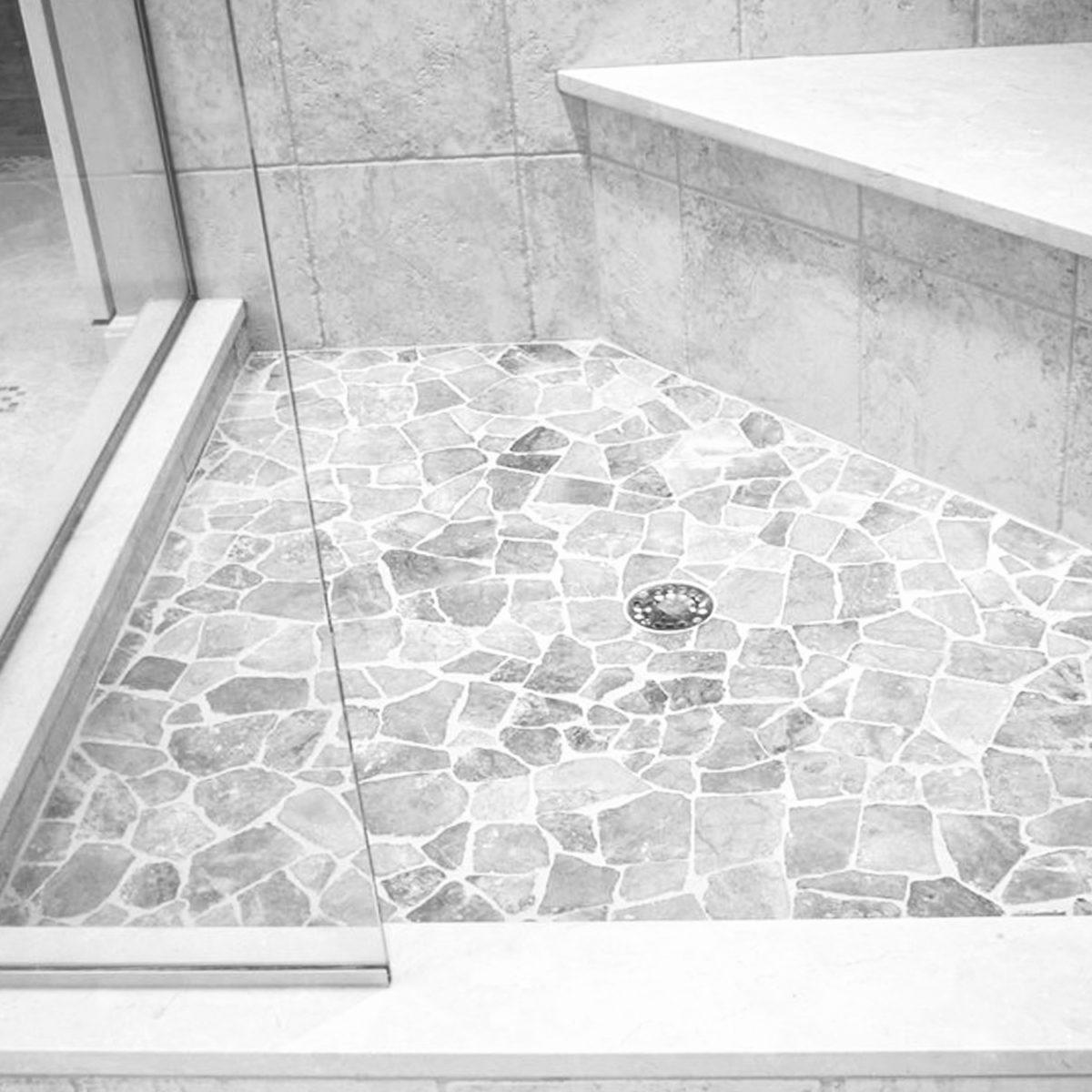 piatto doccia in palladiana travertino chiaro
