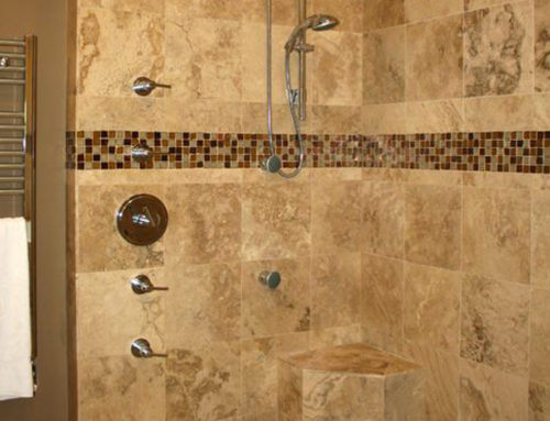 Bathroom in classico travertine