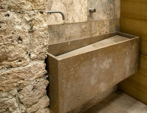 Bathroom in raw travertine