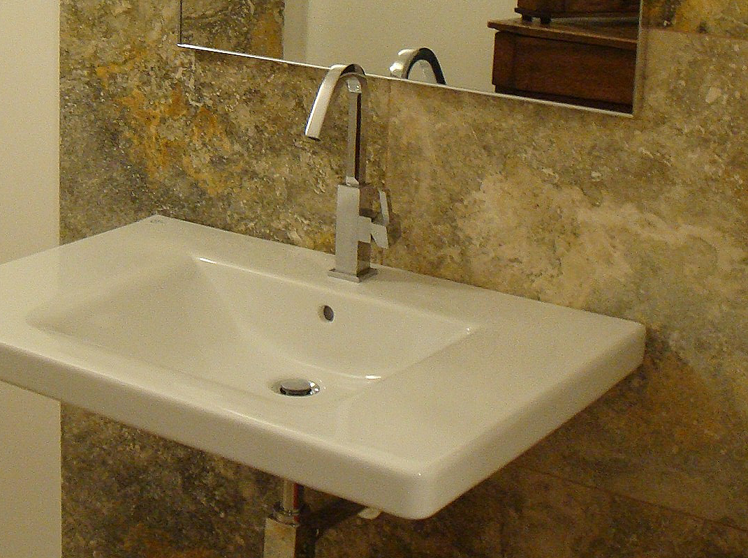 travertino country bagno